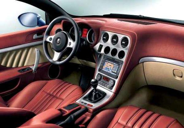 2015 - Alfa Romeo Duetto Interior