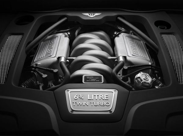 2015 - Bentley Turbo R  Engine