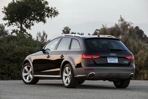Audi Allroad 2016 - Rear View