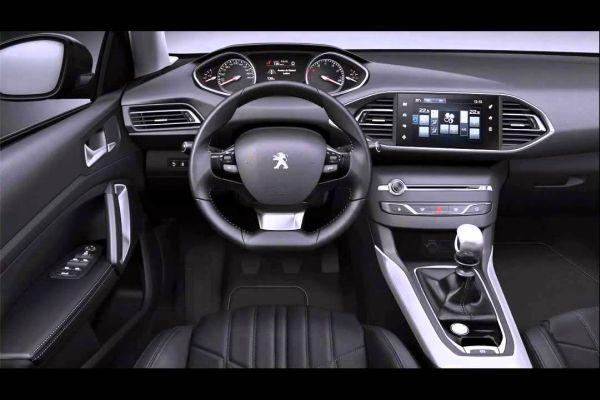 2015 - Peugeot 3008 Interior