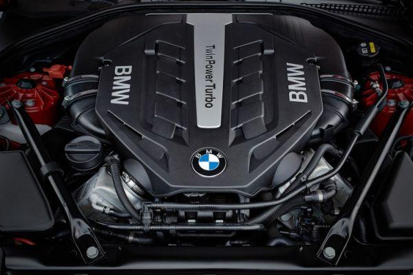 2015 - BMW 650i Coupe Engine
