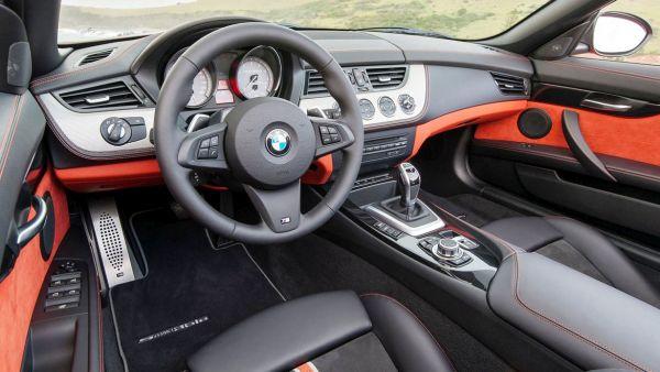 2017 - BMW Z2 Interior