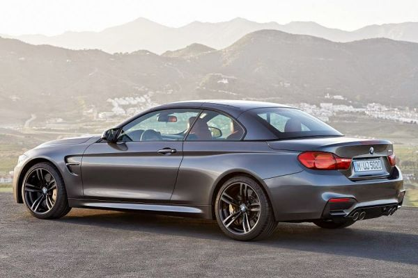 BMW 4 Series 2016 - Side and Rear View