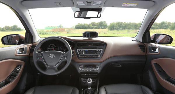 2016 Hyundai - i20 Interior