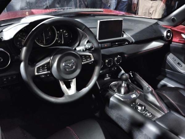 2016 Mazda MX-5 Miata convertible Interior