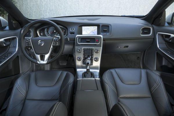 2015 Volvo V60 Wagon Interior