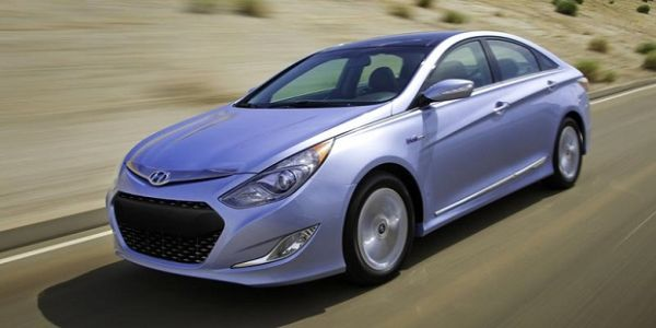 2015 Hyundai Sonata Hybrid Price, Review