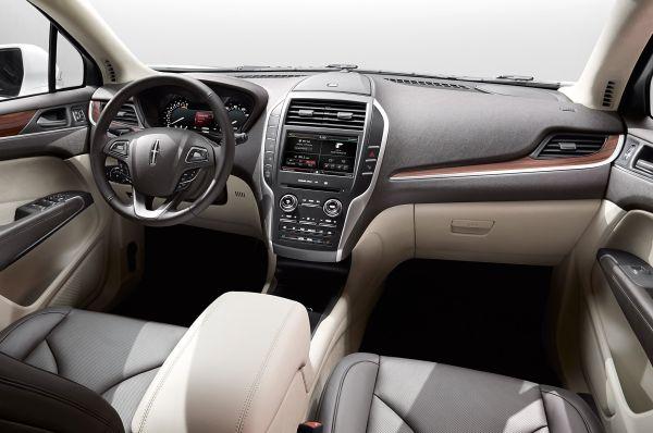 2015 Lincoln MKC - Interior