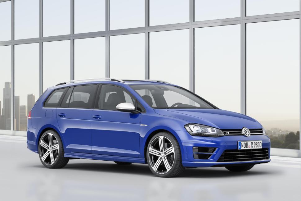 2015 VW Golf R Variant-front