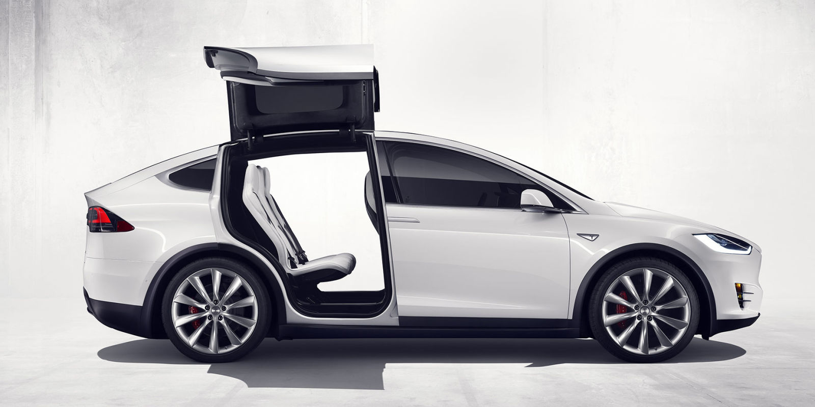 2017 Tesla Model X SUV- White-side