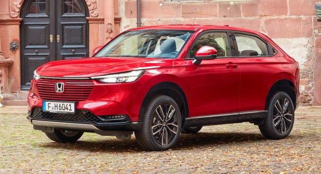 2022 Honda HR-V e:HEV Hybrid Compact SUV front side view
