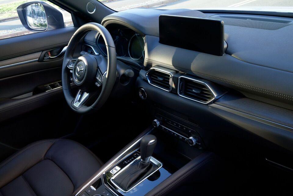 2022 Mazda CX-5 Interior view