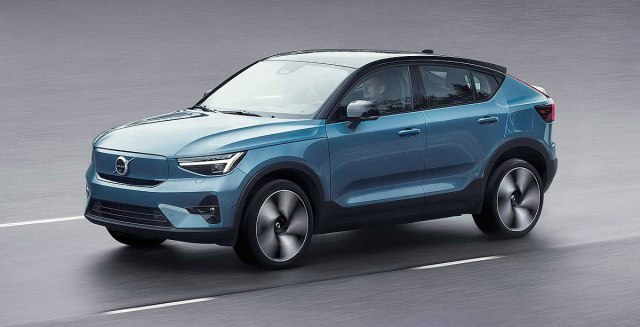 2022 Volvo C40 Recharge EC SUV  side front view