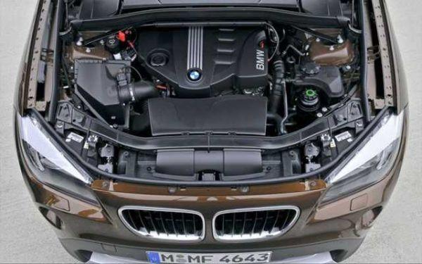 BMW X1 2015 - Engine