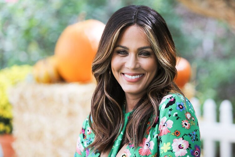 and just like that cast Nicole Ari Parker
