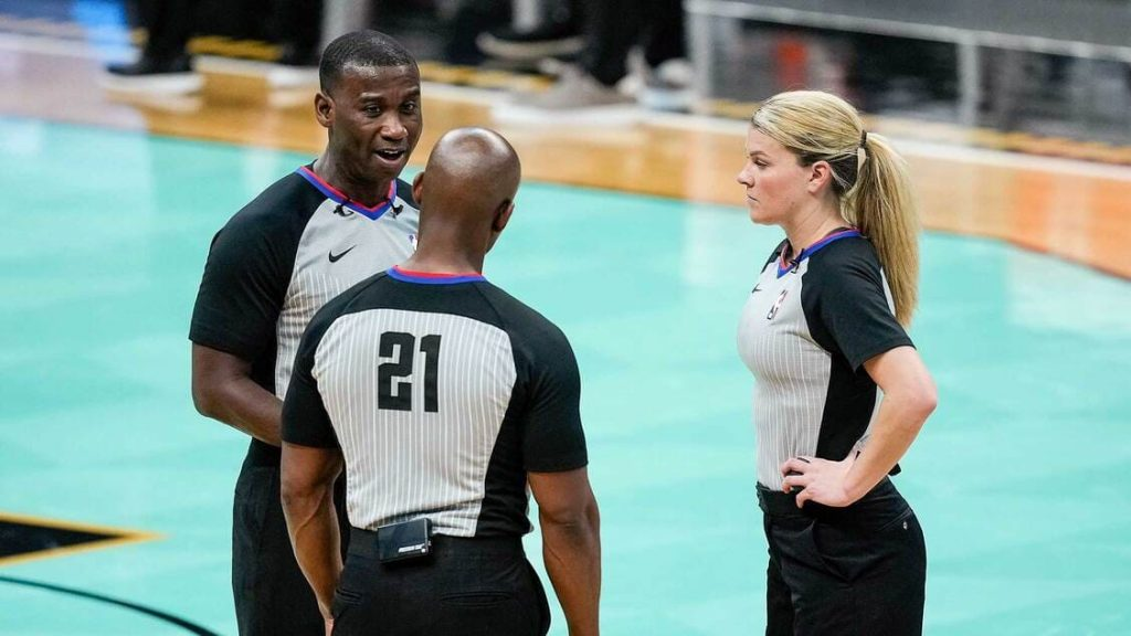 how much do referees get paid in the nba, three referees talking